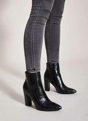 Black Women Heel Shoes
