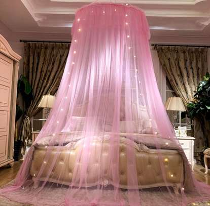Elegant Lace Round Bed Curtains image 2