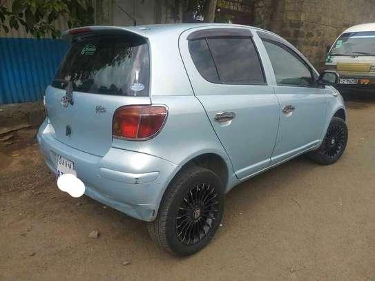 2004 Model Toyota Vitz image 2