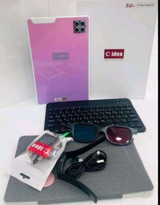 C idea Tablet With Keyboard image 1
