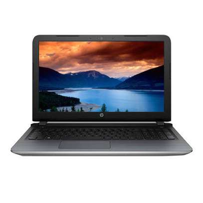 Hp pavilion Intel Core i5 2Gb Nividiya
