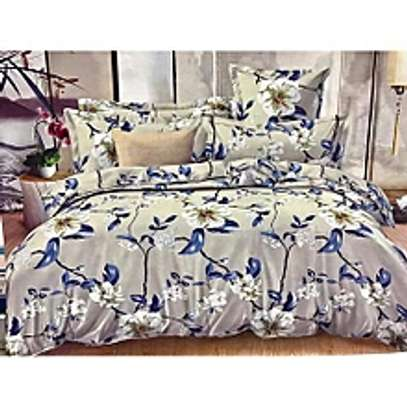 Duvet Set with 1bedsheet 2 pillow cases image 1