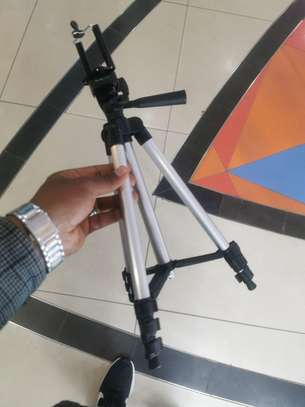 Tripod for mobile image 1