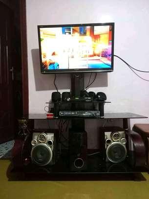 TV STAND 1ሜትር ከ 50 ሳንቲም image 2