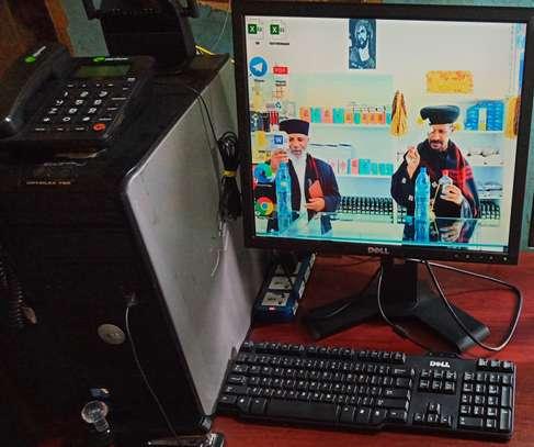 OPTIPLEX 780 COMPUTER image 3