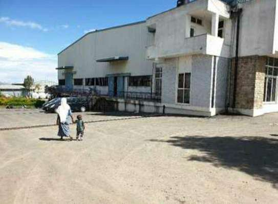 9500 Sqm Warehouse For Rent (Gerji)