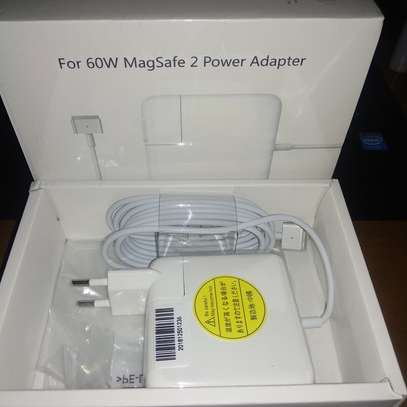 Mac charger for ratina Brand new  Price 2800