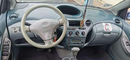 2000 Model Toyota Vitz image 3