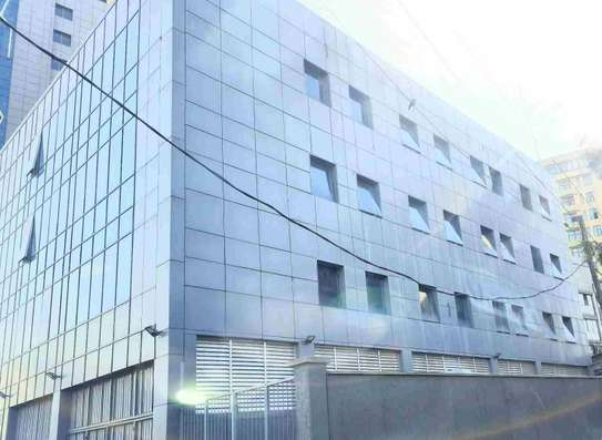 4000 Sqm Office Building For Rent
