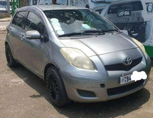 2009 Model-Toyota Yaris Compact image 2