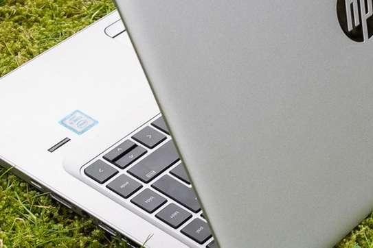 Hp elitebook core i5 lapop image 3