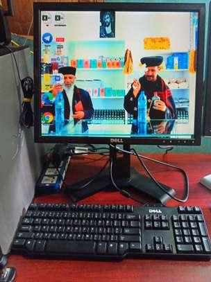 OPTIPLEX 780 COMPUTER image 1