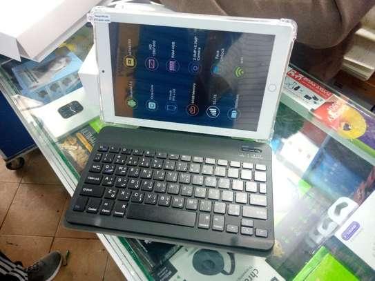 64GB / 4GB RAM C idea Tablet image 1