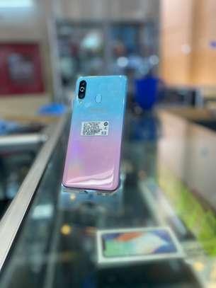 Samsung Galaxy A60 image 1