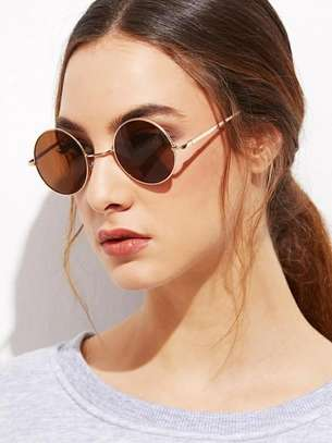 Gold Frame Brown Round Lens Sunglasses image 3