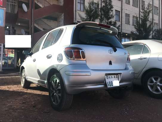 Toyota Vitz 2004 image 3