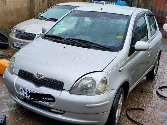 1999 Model Toyota Vitz image 1