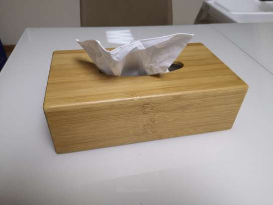 Wood tissue box