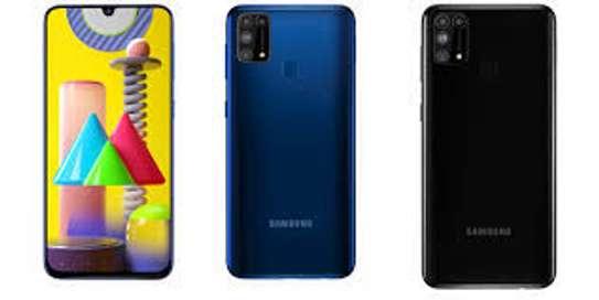 Samsung galaxy m31ከሙሉ ዋስትና  ጋር  128 GB Brand new