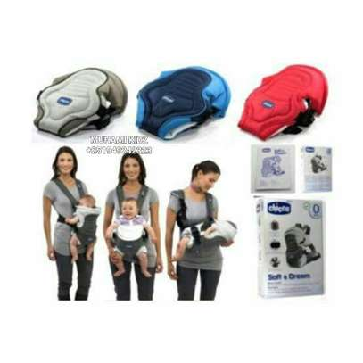 Chicco Baby Carrier image 2
