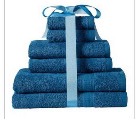 8 Pcs Towel All In One image 3