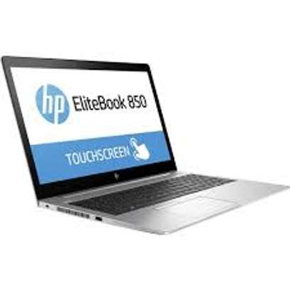 Hp elightbook i5 15.6 inch touchscreen