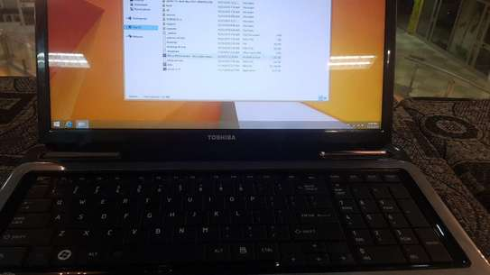 Toshiba Core i3 Laptop