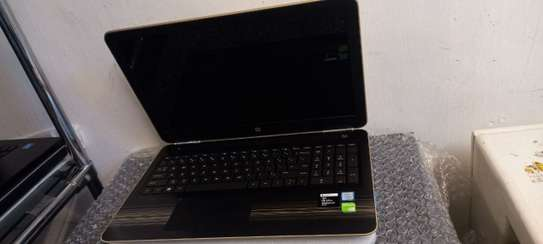 Hp Pavilion core i5 7th generation laptop image 2