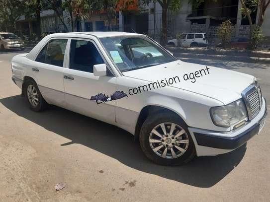 1990 Model Mercedes 230E image 1
