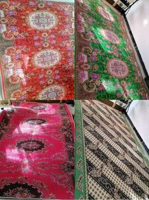 ዘመናዊ ምንጣፎች ውበትን ከምቾት ጋር የሚያላብሱ (carpets) image 1