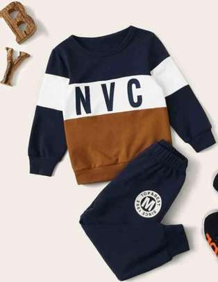 Toddler Boys Color Block Letter Graphic Sweatshirt and Pants