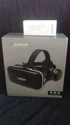 Virtual reality box with controller image 3
