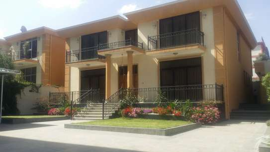 LUXURY G+1 HOUSE FOR RENT 600m2