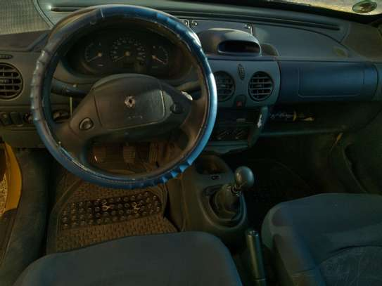 1998 Model-Renault Kangoo image 4