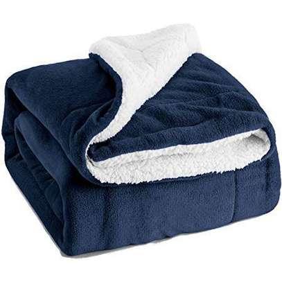Dubai Blanket for Winter image 1