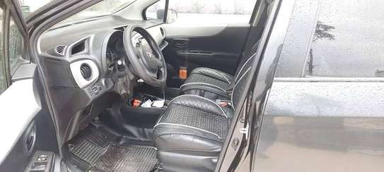 2012 Toyota Yaris Compact image 4
