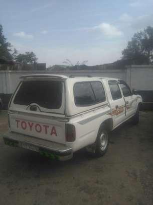 1999 Model-Toyota Hilux image 11