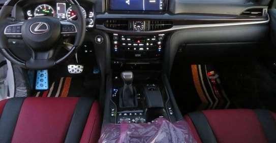 2021 Model Lexus LX (Duty Free) image 11