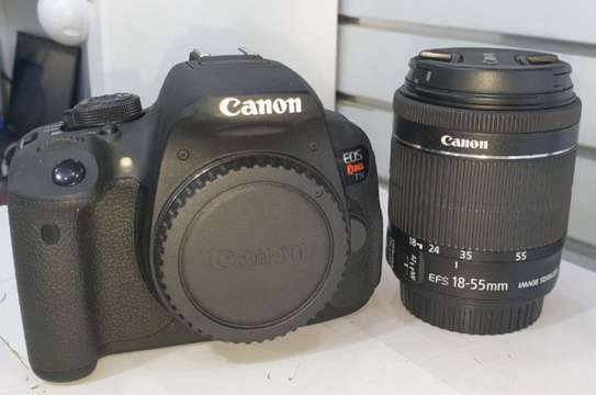 Canon t5i (700D)