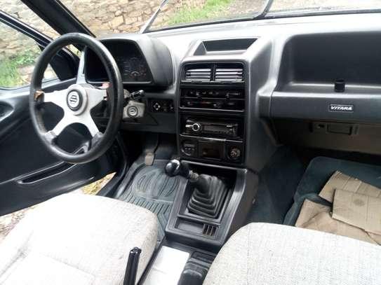 1993 Model-Suzuki Vitara JLX image 2