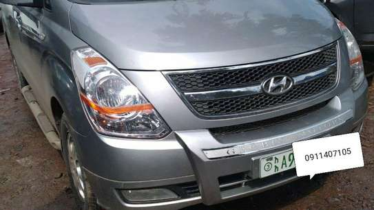 2014 Model Hyundai Starex