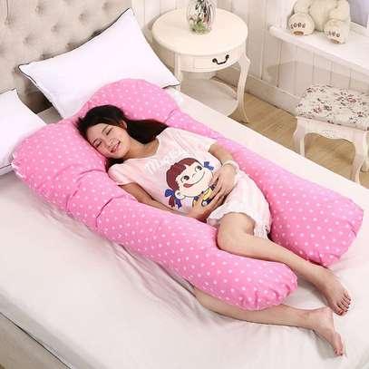Pregnancy Pillow Bedding full body image 1