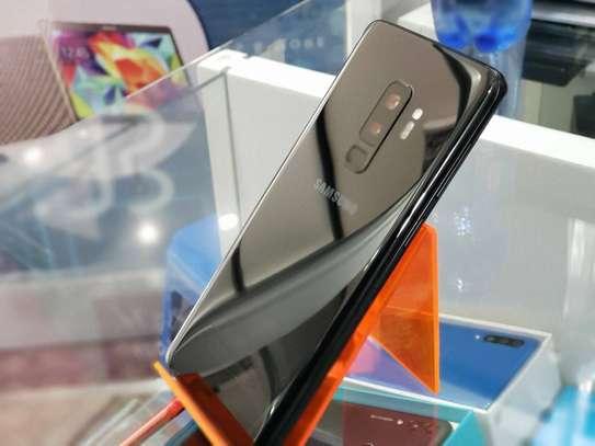 Samsung Galaxy s9 plus image 1