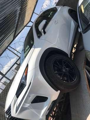 2019 Model-Lexus image 2