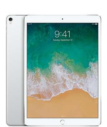 Apple iPad Pro (128GB) image 2