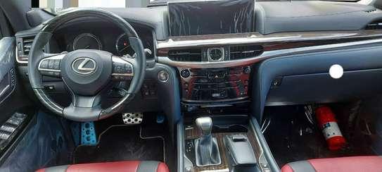 2020 Model-Lexus LX 570 image 3