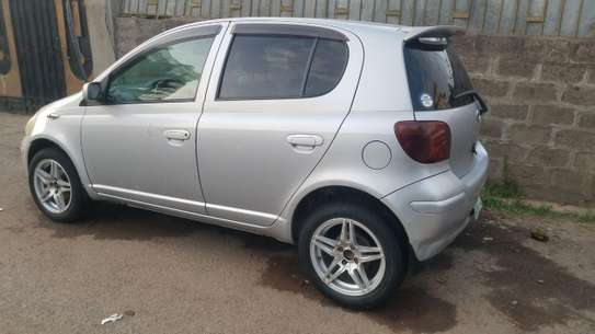 2002 Model-Toyota Vitz