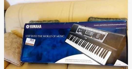 Brand New Yamaha YPT210 Electronic Keyboard image 1