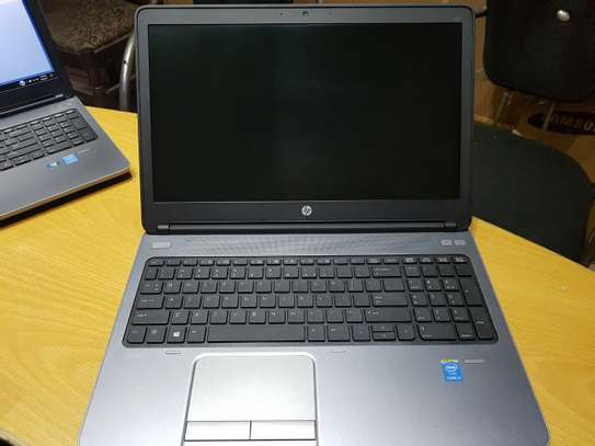 New Hp  Core i5 with  15.6 inch screen in size image 2