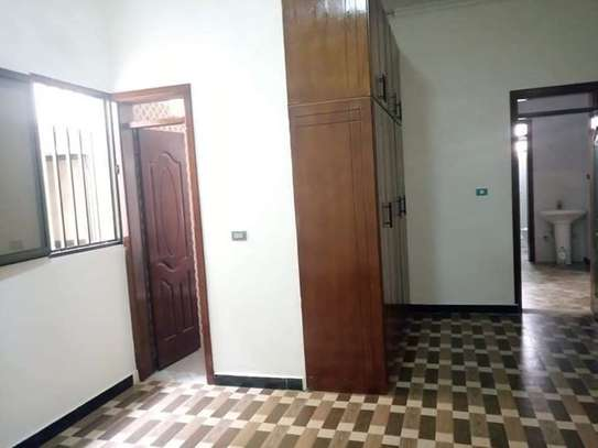 410 Sqm Houses for Rent At Robera Coffee straight across Meta image 5